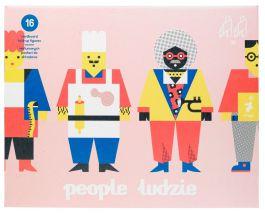 Ludzie - tekturowe postacie Ringo