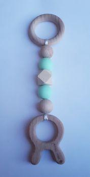 Zawieszka edukacyjna GRYZAK drewniany silikon na ząbkowanie 3M+. Zabawka sensoryczna. Miętowy królik. PASTEL WOOD