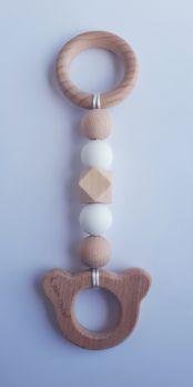 Zawieszka edukacyjna GRYZAK drewniany silikon na ząbkowanie 3M+. Zabawka sensoryczna. Biały miś. PASTEL WOOD
